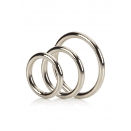 LOT DE TROIS COCKRINGS METAL